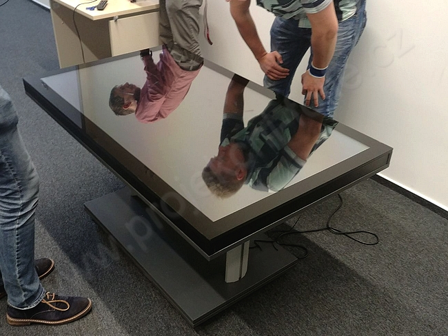 MultiTouch table
